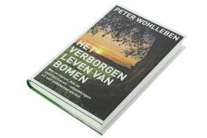 """Peter Wohlleben, """"Het verborgen leven van bomen""""."""